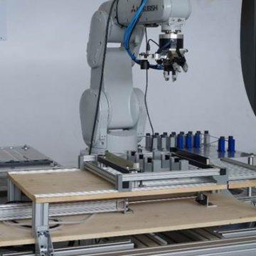 Circuiti ottici di backplane per apparati ICT
